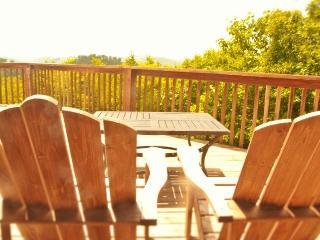 Patchwork Paradise is a gorgeous split-level lakeview vacation cabin constructed with logs and rocks., New Tazewell
