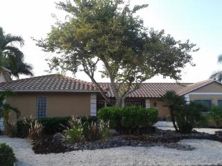 Mermaid Cove - South Facing Canal Front Home, Marco Island