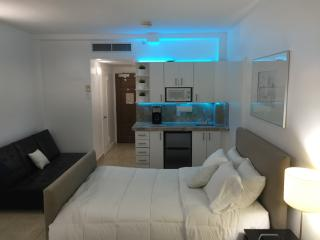 Shelborne Hotel - 8th floor suite, Miami Beach