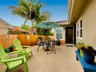 15% OFF JAN DATES - Relaxing Beach Cottage - Walk to the Sand!, San Clemente