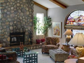 Secluded artist's getaway with easy San Diego access!, Spring Valley
