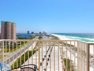 Great 2BR condo w/beach access & view; shared pool & hot tub, Pensacola Beach