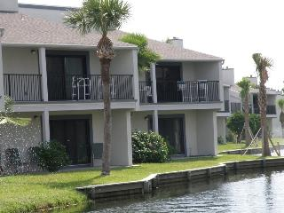 Relaxing Ocean View Getaway: Sea Winds Beach Condo, Saint Augustine Beach