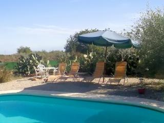 Lovely house with garden and pool, Benicarlo