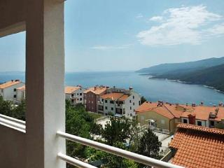 Two-bedroom apartment in Rabac, Istria, with views of the Adriatic Sea – minutes from the beach!