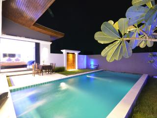 Rocking Chair Pool Villa in Chaweng