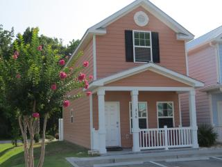 Affordable and Luxurious New 2 Bedroom Townhouse, Myrtle Beach