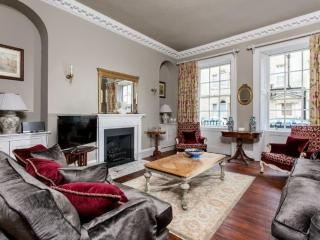 Two double bedroom flat in City Centre Bath