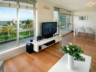 The Penthouse in the block!, St Kilda