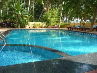 ganesh holiday home apartment ground floor, Kovalam