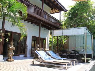 Superb 5bd Villa de Siam - Sanur beach walk