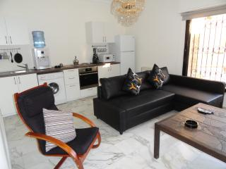 Center of Amman Modern Apt for Rent