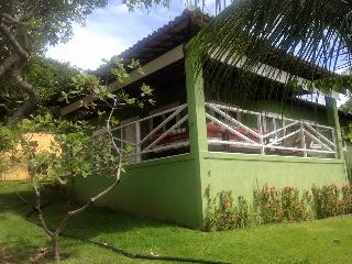 House in condominium with pool and barbecue place!, Natal