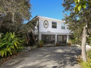 Key West style beach house with pool, walk to beach, Englewood