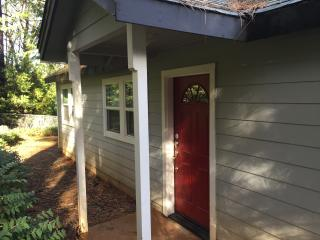 The Cottage at The Country Retreat, Grass Valley