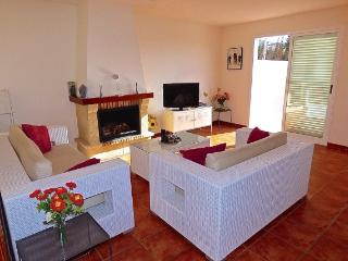 Fantastic large fully furnished 3bedroom villa, Benidorm
