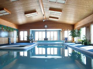 Cottage With Largest Private Indoor Pool In Canada, Cornwall