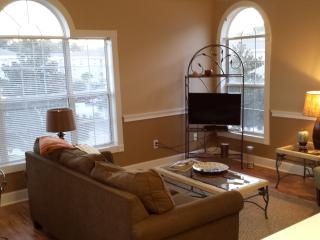 Myrtle Beach Condo Located 5 blocks from the Ocean