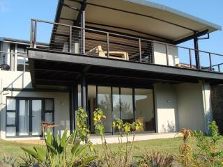 4 Bedroom Self Catering House in Simbithi Eco-Estate - 51, Ballito