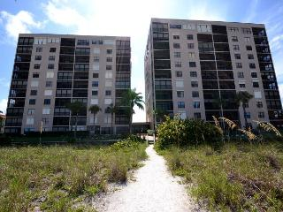RN-908 Amazing 9th Floor Corner Condo with Upgrades Galore Pool, Spa, Tennis!, Indian Rocks Beach