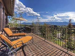4BR Luxury Ranch Cabin, Hot Tub, Fire Pit, Walk to Promontory Club Amenities, Park City