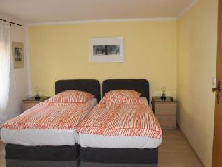 Vacation Apartment in Bamberg - 323 sqft, quiet, cozy, central (# 3819)