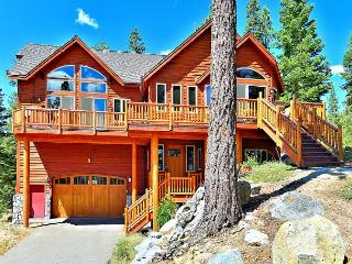 5BR/5BA Tahoe Spa Estate with Mountain Views, Sauna, Hot Tub, and Room for 13, South Lake Tahoe