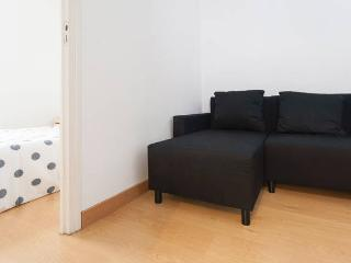 2 room flat in Madrid City Center Old Classic