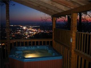 Bearly Paradise, Pigeon Forge