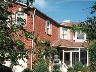 All Seasons Bed and Breakfast Inc., Mississauga