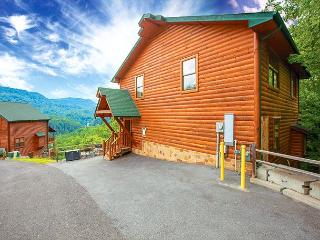 Luxury 5BR Downtown Gatlinburg Cabin w Incredible Views! October from $249!!!