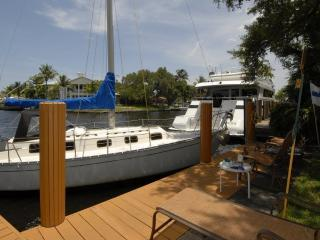 4 Bdrm 3 Bath Home On The New River, Fort Lauderdale