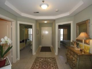 Gorgeous 3BR 3 Bath Condo w/pool Overlooking IOP Middle Beach and Atlantic Ocean, Isle of Palms