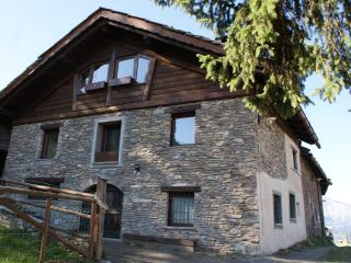 amazing apartment in private chalet, Sauze d'Oulx