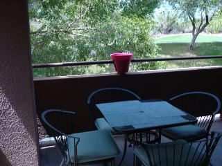 2nd Floor 2 Bedrm with Fantastic Ventana Golf Course Views!, Tucson
