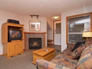 Glacier Reach Townhouse with private hot tub, Unit #38, Whistler