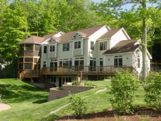 Moultonborough 5 Bedroom-2 Bathroom House (534)