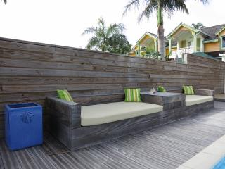 NATICA... walk to Orient Beach from this charming 3BR w/ private pool