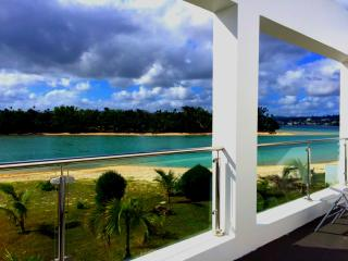 Paradise Point Escape, Port Vila