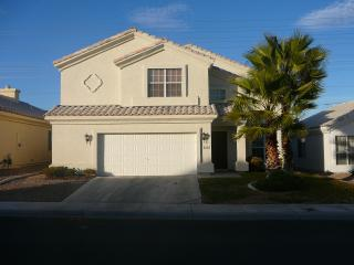 BEAUTIFUL 4 BR FURNISHED HOME/ POOL GREAT AREA I, Las Vegas