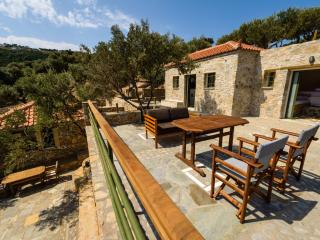 Surreal view to the Aegean blue - Chalet II, Alonnisos Town