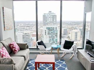 Sea View 2 Bedroom 2 Bathroom Luxury CBD Apartment, Melbourne