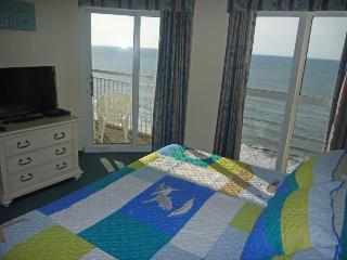 Oceanfront, Beautiful Views, Inside and Out, North Myrtle Beach