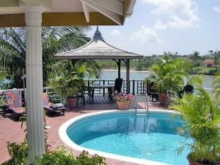 Ixora Luxury Villa on the famous 'Spice Island', St. George's