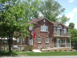 Two Rivers Bed and Breakfast, Niagara Falls