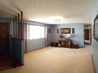 Great Discount for a Private room., Loveland