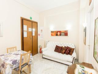 4 bedroom central holiday home in Rome 8 people, Roma