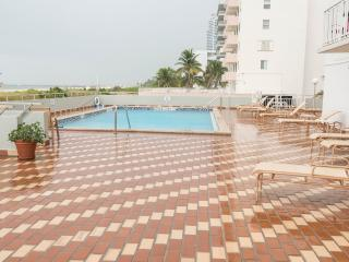 2 Bedroom - On the sand, View, Pool - Brand New, Miami Beach