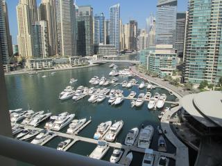 Luxuy 3 br+Maid apartment in Dubai Marina