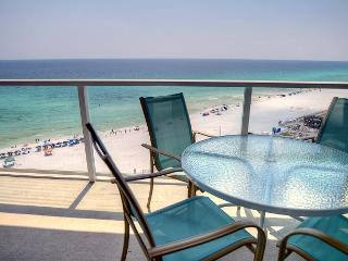 'Hollywood Glitz' and breathtaking views of the Gulf of Mexico! Book Now!, Sandestin